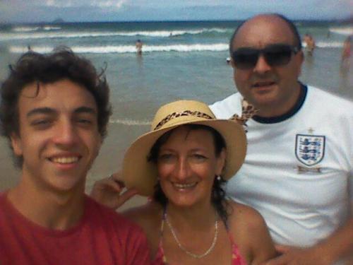 MONICA ECHENIQUE y familia
