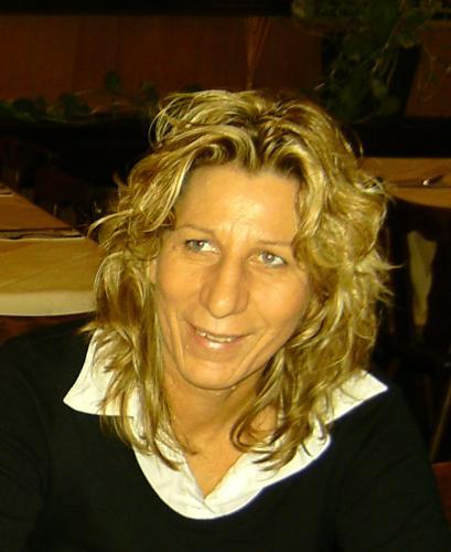 Frau Marion Paech