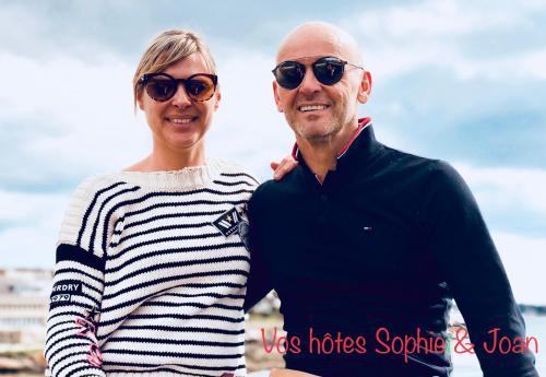 Sophie & Joan (Proprietaires & gerants)