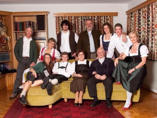 Familie WÖTZER-Pirschner-Schuster