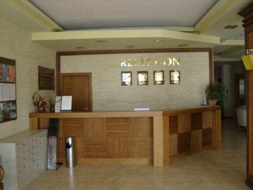 Menada Apartments, Office Carewo
