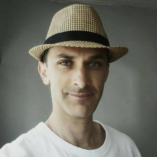 Mikha Rlin