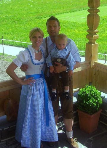 Heidi und Herbert Schiestl mit Sohn Simon