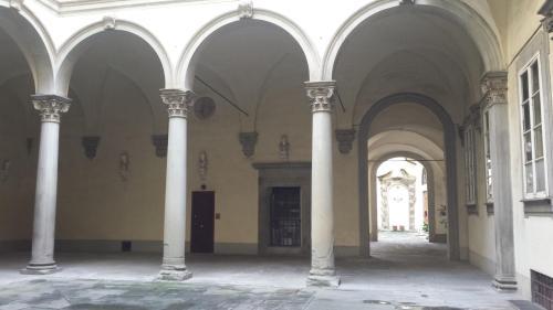 la corte del palazzo