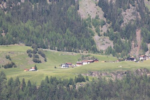 s´Höfle unser Haus von der gegenüberliegenden Talseite