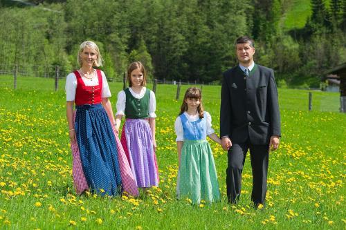 Familie Hettegger  Wallnerhof