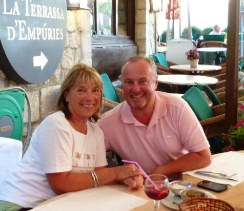 Simon & Lynda Armstrong