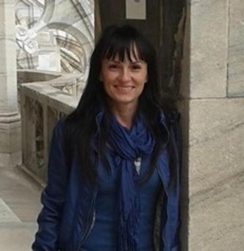 Erika Tóth