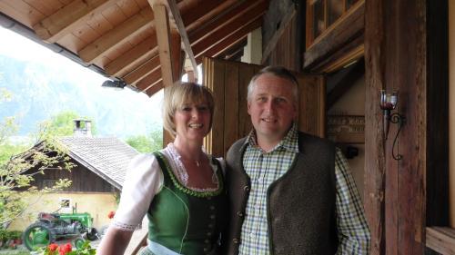 Ingrid und Alfred Tscharnidling freuen sich auf Ihr Kommen