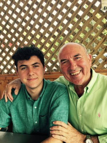 Miguel y su hijo Julian